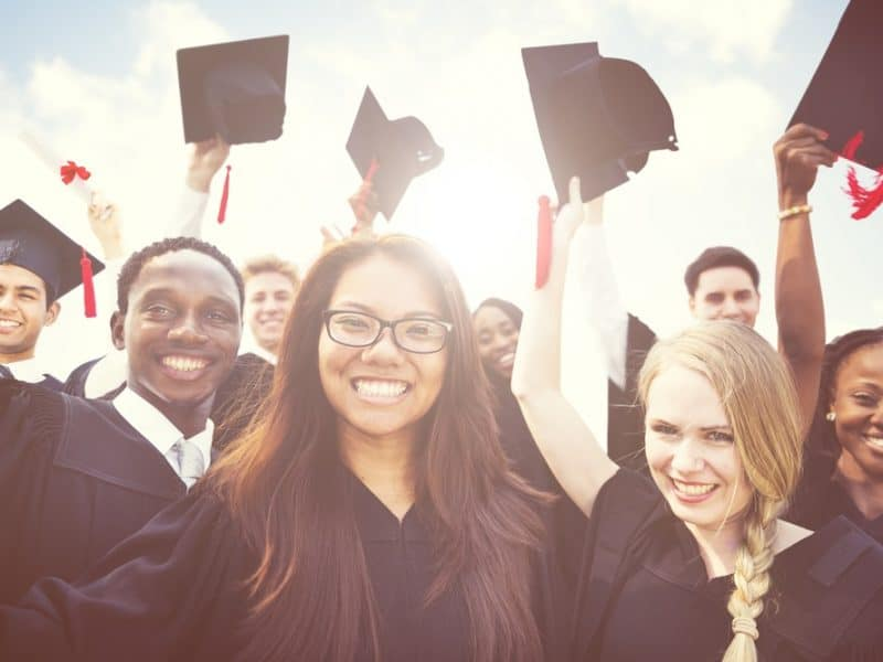 The Difference Between a High School Diploma and a High School Certificate